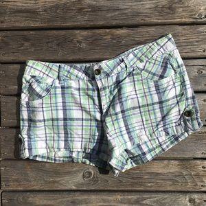 💥5/$25 Mudd Jeans Plaid Button Hem Shorts